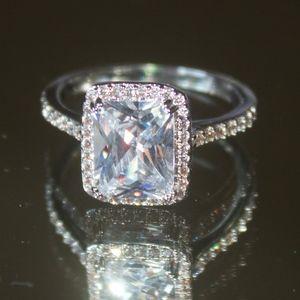 Swarovski Stunning Engagement Ring